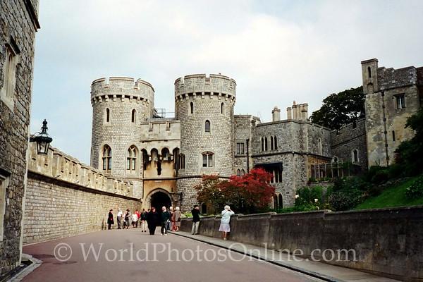 Windsor - Windsor Castle - Norman Gate to Upper Ward