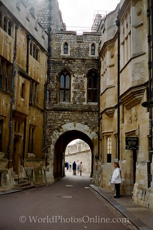 Windsor - Windsor Castle - Arch