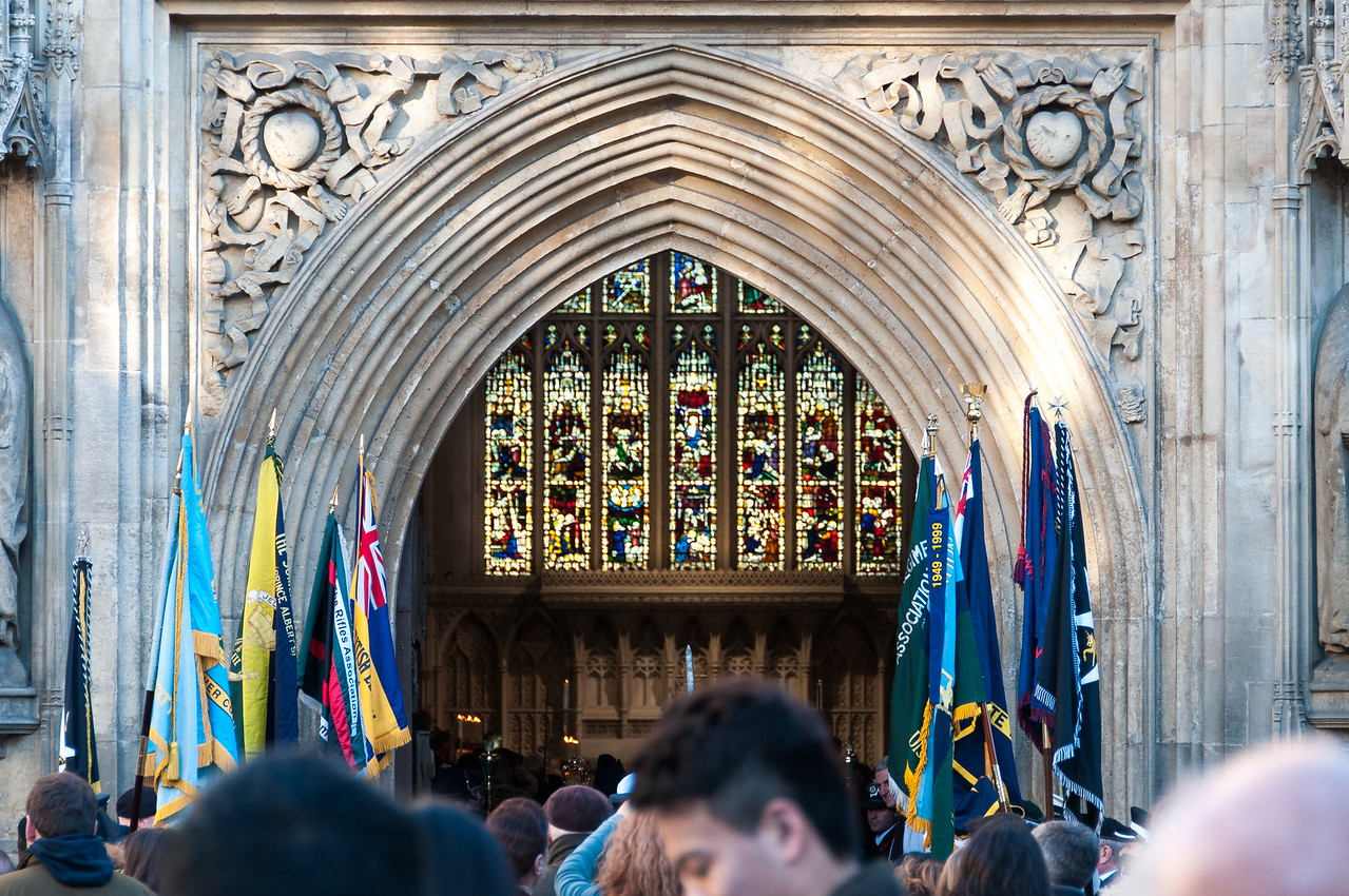 Crowd by the entrance door to Bath Abbey - Bath, England