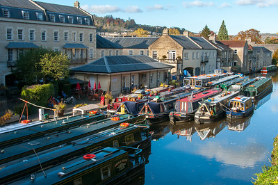Narrow boats cruising Bathampton in Bath, England