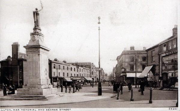 War Memorial and George Street