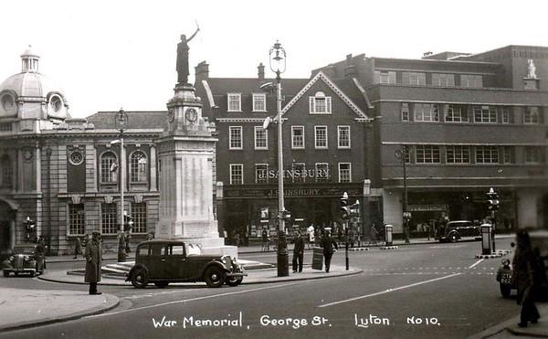 War Memorial, George Street
