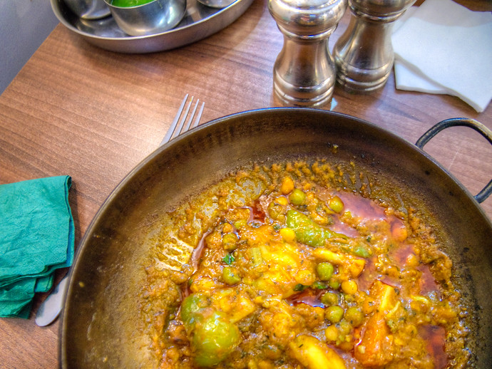 The Center Of Birmingham's Balti Triangle: A Review Of Adil's Restaurant
