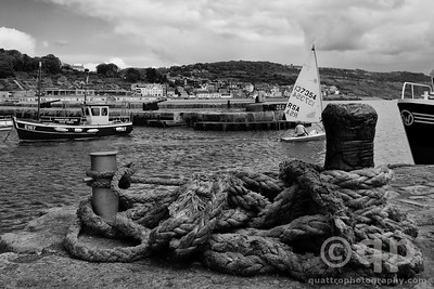 LYME REGIS HARBOR
