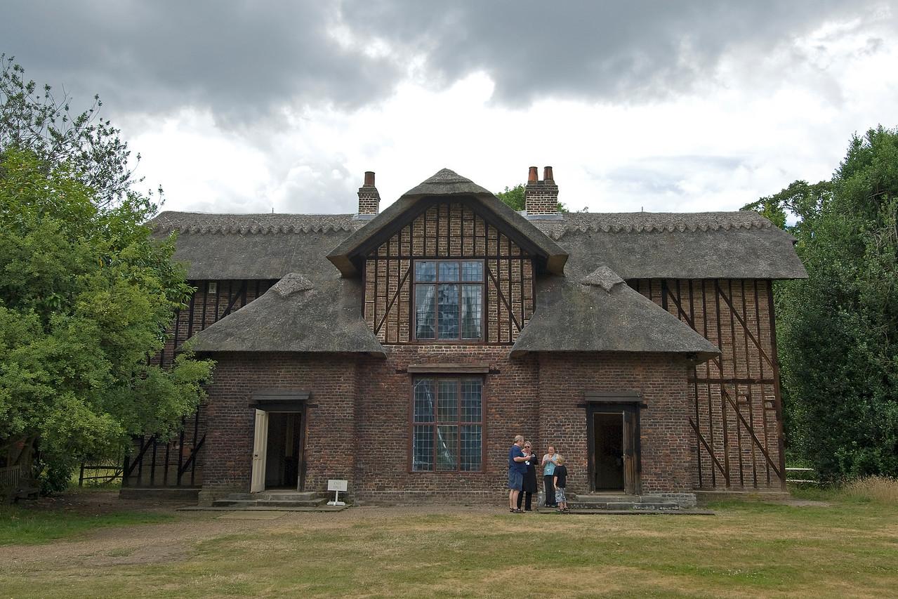 An old brick house near the Royal Botanical Gardens in Kew, England