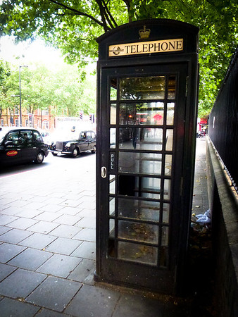 london black telephone booth