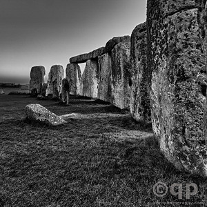 THE CURVE OF STONEHENGE