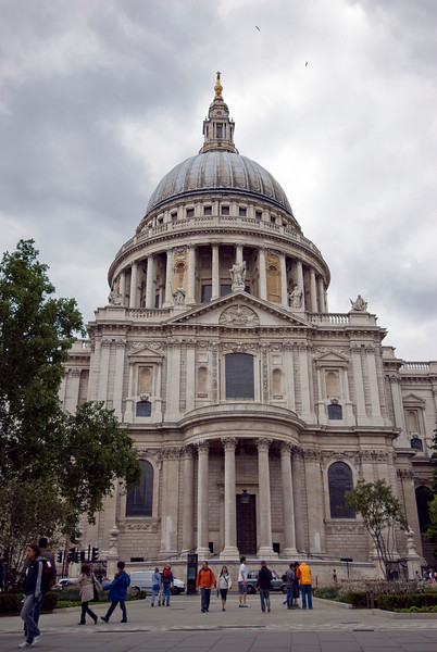 The St. Paul's Cathedral facade in Westminster, England