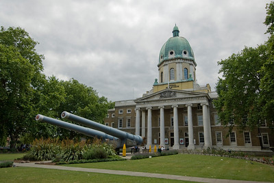 Canons outside the Imperial War Museum - Westminster, England