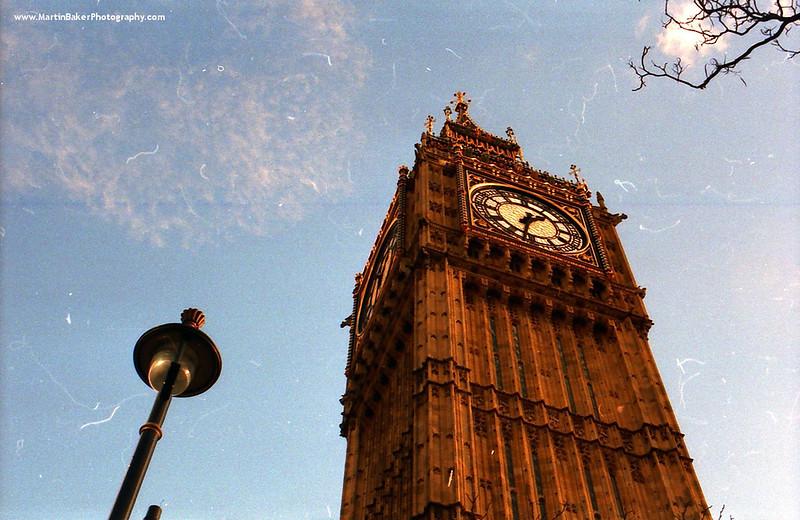 The Elizabeth Tower and Big Ben, Westminster, London, England.