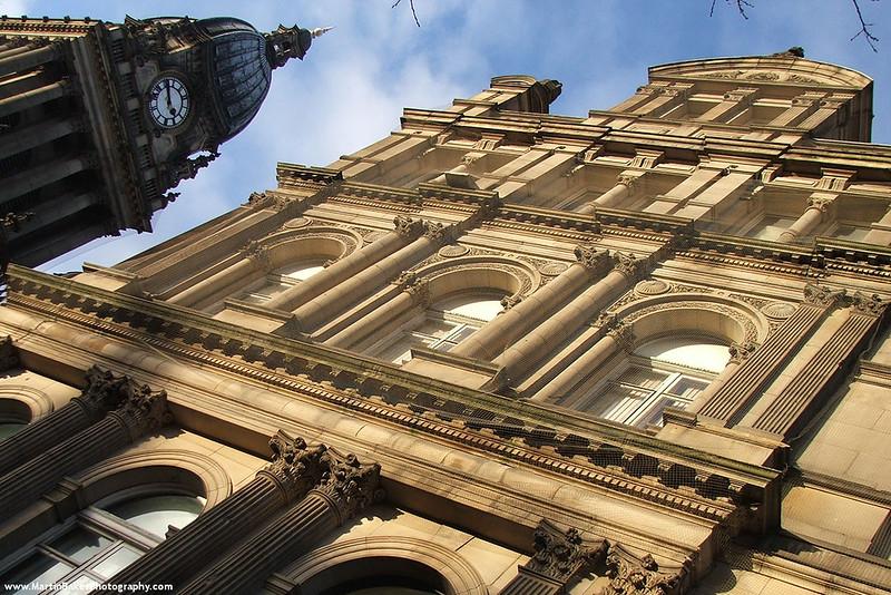 Leeds Town Hall, Leeds, Yorkshire, England.