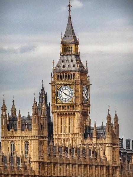 Big Ben - Houses of Parliament - London