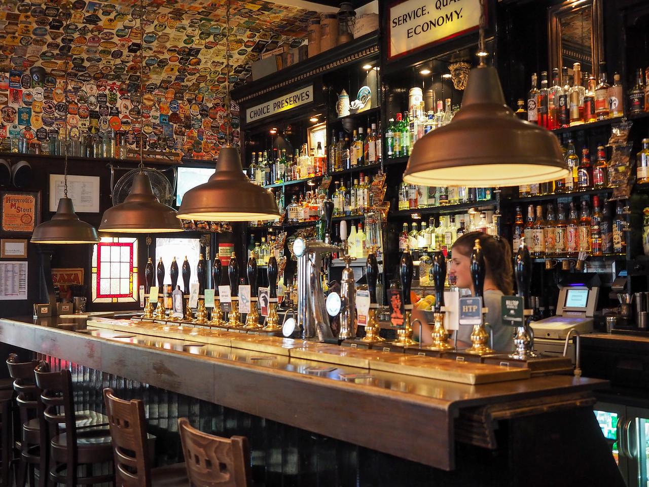 Lion & Key pub in Hull, England