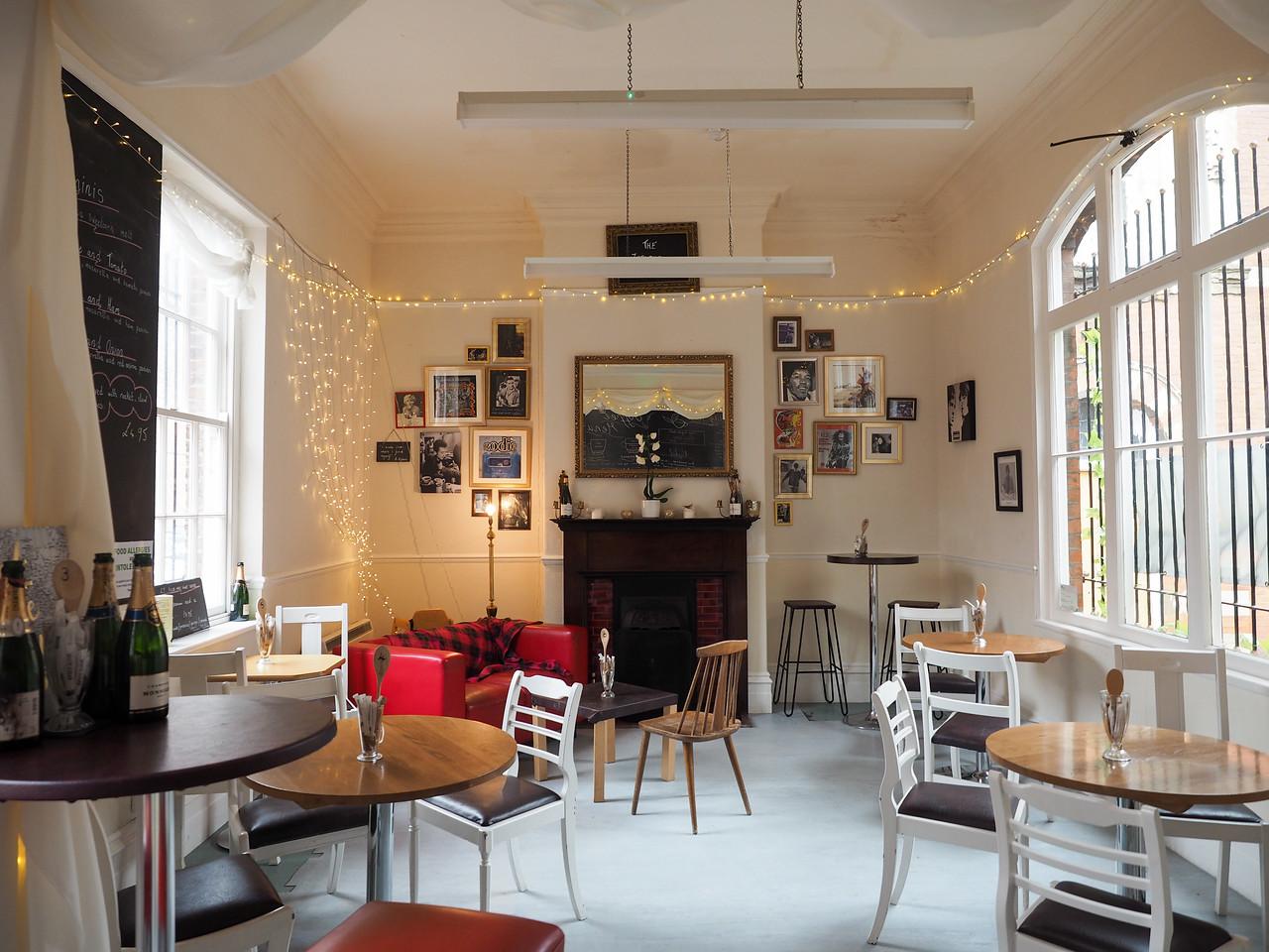 Liquid Jade cafe in Hull, England