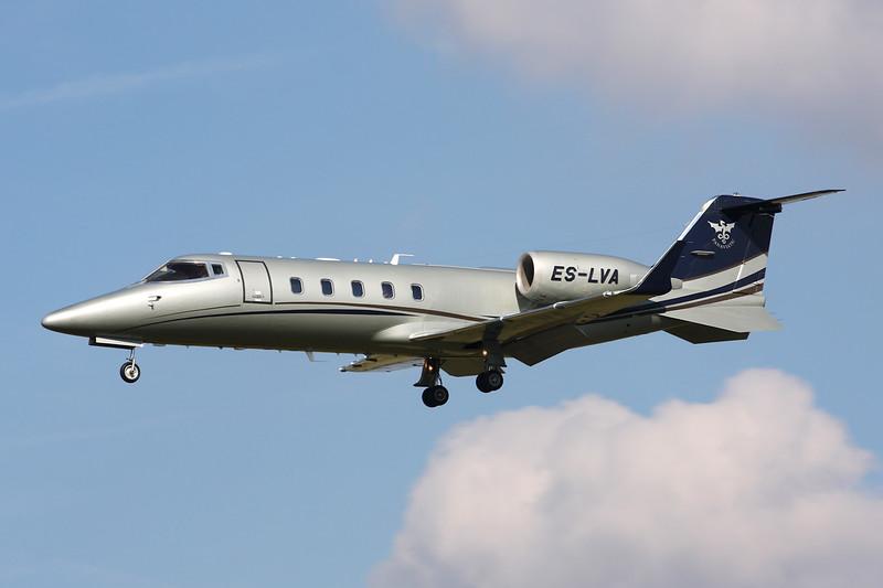 ES-LVA Learjet 60 c/n 60-372 Paris-Le Bourget/LFPB/LBG 01-10-14