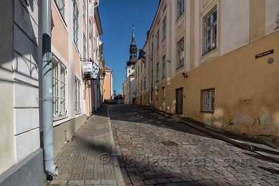 Toom-Kooli Street