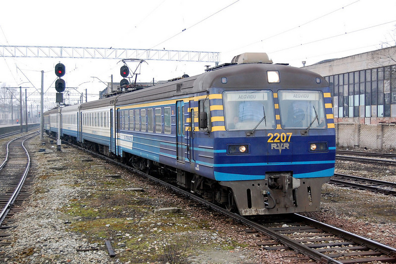 2207 arriving into Tallinn.