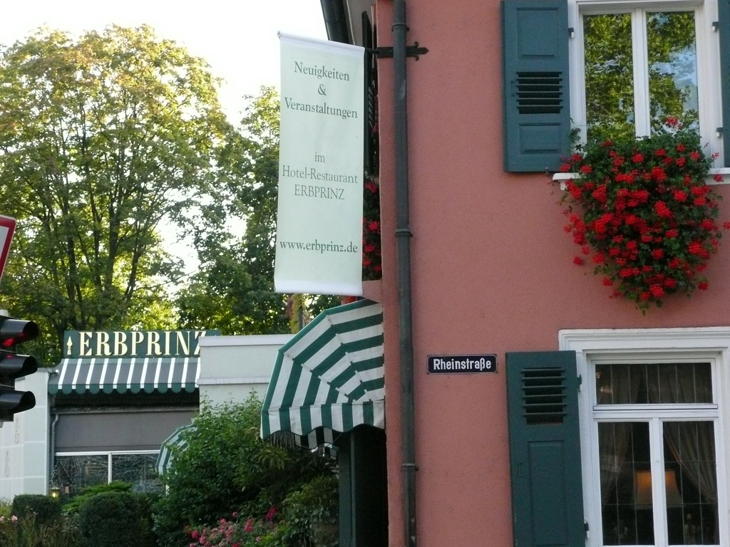 """Stayed at the Hotel ERBPRINZ:   <a href=""""http://www.erbprinz.de"""">http://www.erbprinz.de</a>    it was very nice and not expensive, I'd go back again."""