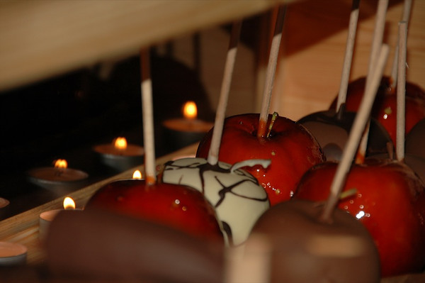 Candied and Chocolate-Covered Apples - Dresden, Germany