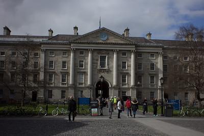 A Walk Around Dublin Photograph 14