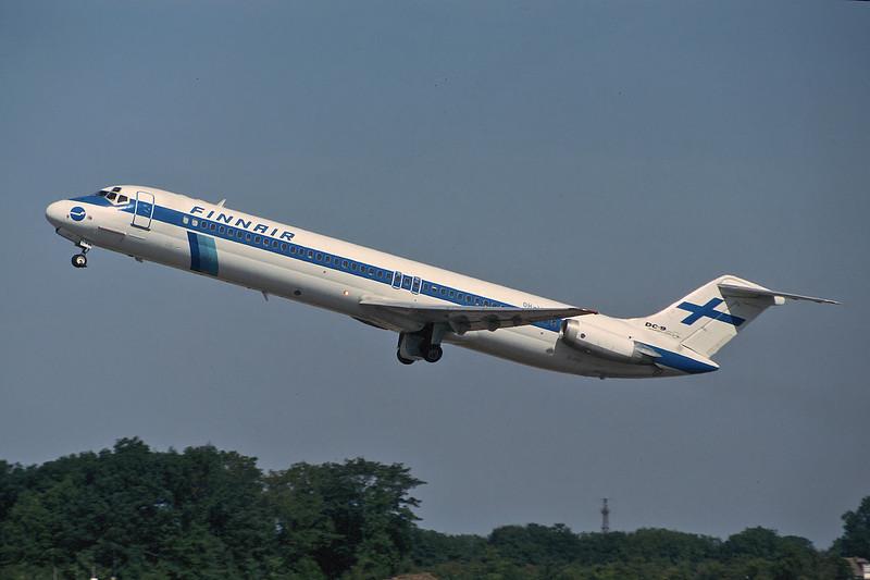 OH-LYN Douglas DC-9-51 c/n 47694 Manchester/EGCC/MAN 06-08-95 (35mm slide)