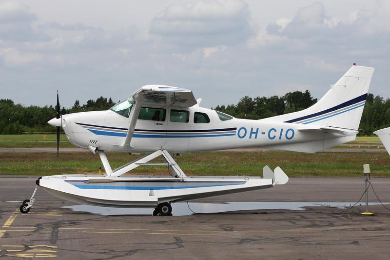 OH-CIO Cessna TU.206G Turbo Stationair 6 c/n U206-06090 Helsinki-Malmi/EFHF/HEM 19-06-11