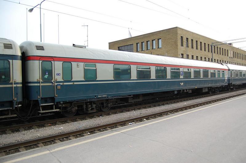 Finnish catering car 26902 at Turku.