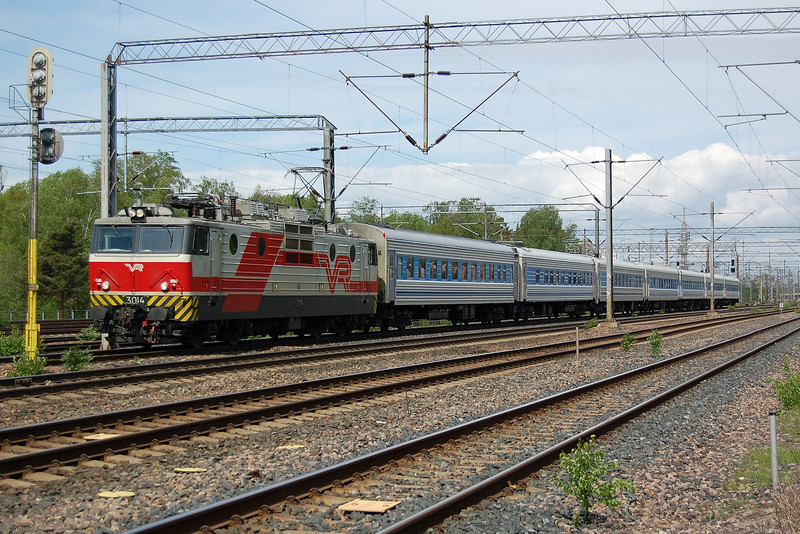 3014 near Helsinki with the 'Repin' from St Petersburg.