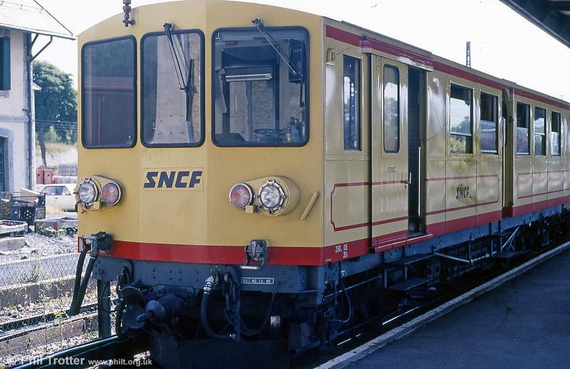 Cerdagne line car 105 at La Tour de Carol in August 1988.
