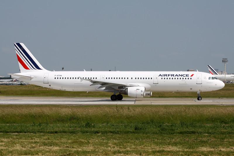 F-GTAX Airbus A321-211 c/n 3930 Paris-Orly/LFPO/ORY 09-06-15