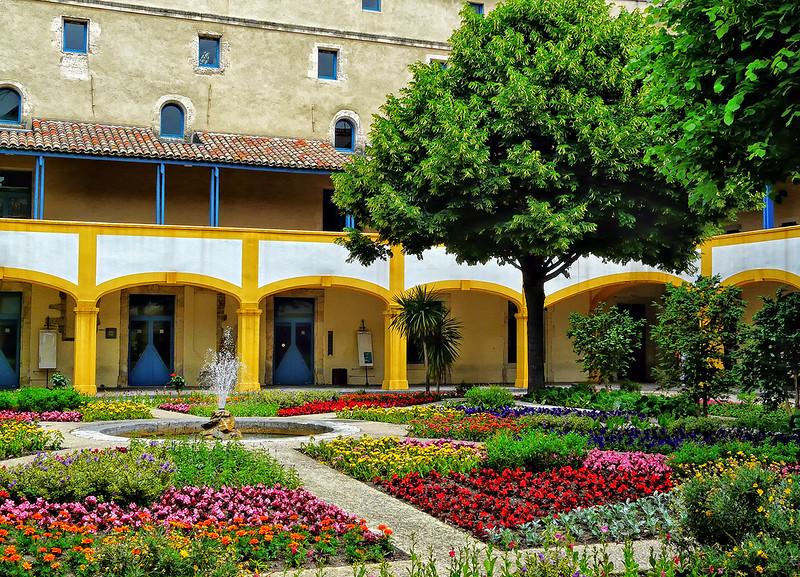 Espace Van Gogh - Old Hospital of Arles
