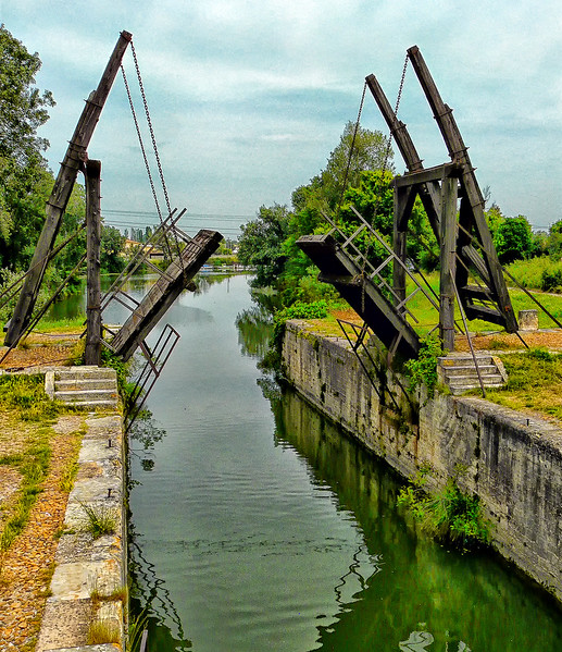 Pont de Langlois (Van Gogh's Bridge)