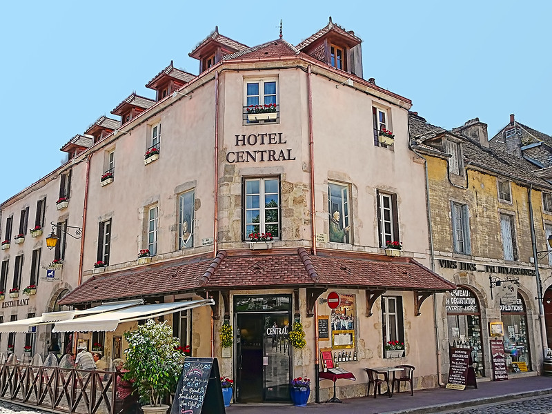 Beaune - Hotel Central - 16th Century