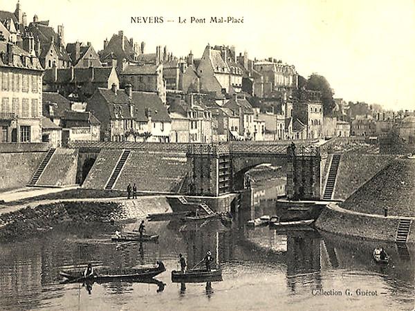 Le Pont Mal-Placé