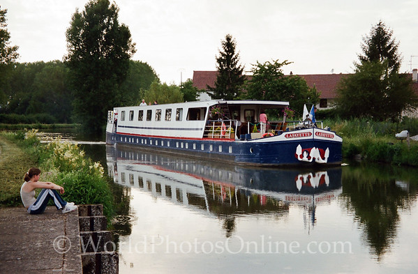 Burgundy - Barge on the Saone canals