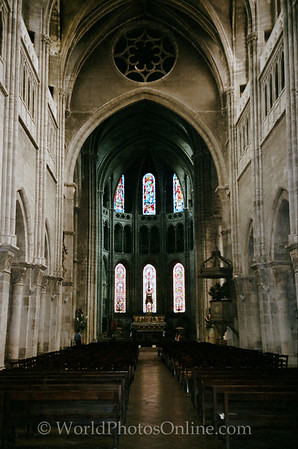 Chalon Sur Saone - Cathedral of Saint Vincent - Nave