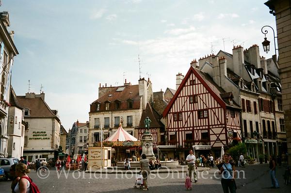 Dijon - Place Francois-Rude