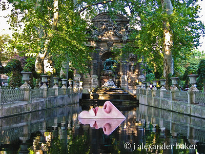 Face in Fountain - Luxembourg gardens