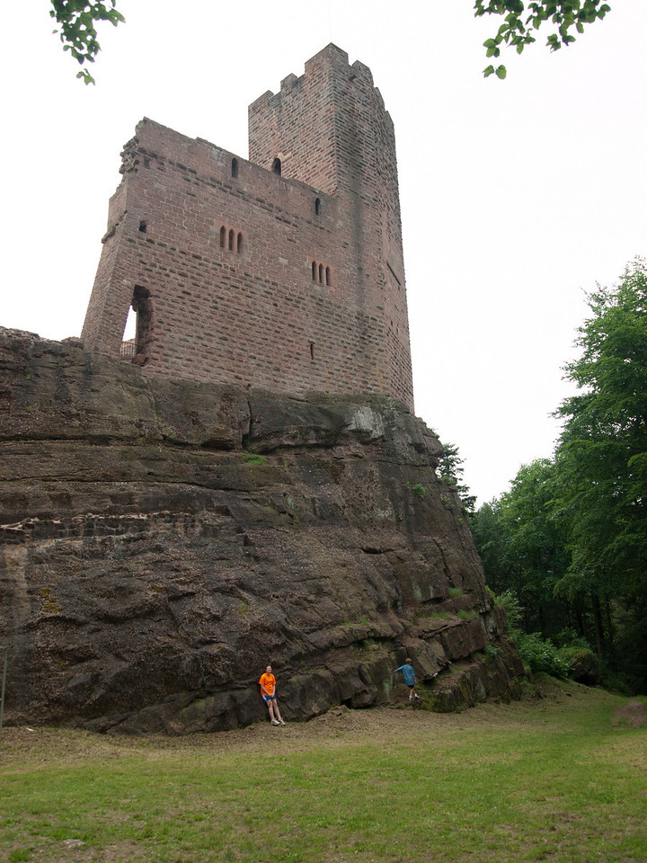 Hank and Katie below the ruined castle.