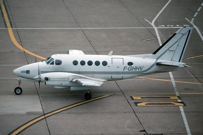 "F-GHHV Beech A100 King Air c/n B-91 Paris-Orly/LFPO/ORY 12-06-95 ""35mm slide"""