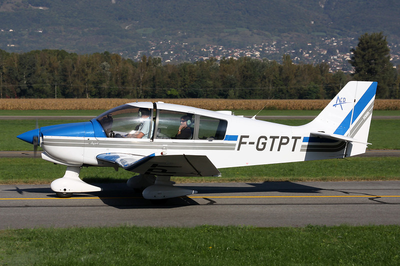 F-GTPT Robin DR.400-180 Regent c/n 2440 Grenoble-Le Versoud/LFLG 06-10-12