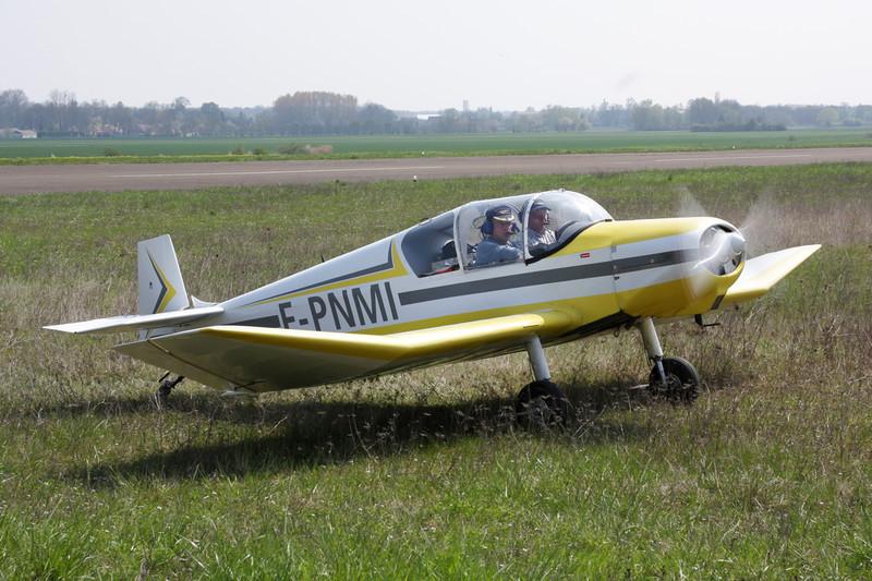 F-PNMI Jodel D.112 c/n 522 Beaune/LFGF/XBV 17-04-10