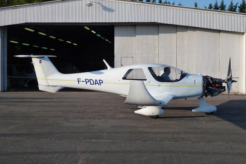F-PDAP Dyn'Aero MCR-4S 2002 c/n 74 Dijon-Darois/LFGI 04-10-11