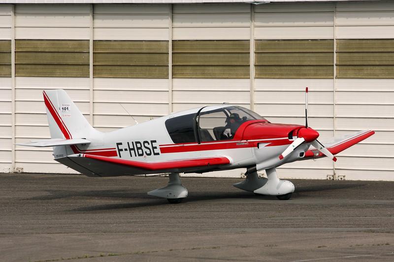 F-HBSE Robin DR.400-140B Dauphin 4 c/n 2632 Dijon-Darois/LFGI 03-09-15