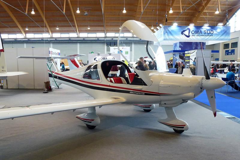 F-PUSS Dyn'Aero MCR-4S 2002 c/n 99 Friedrichshafen/EDNY/FDH 19-04-12