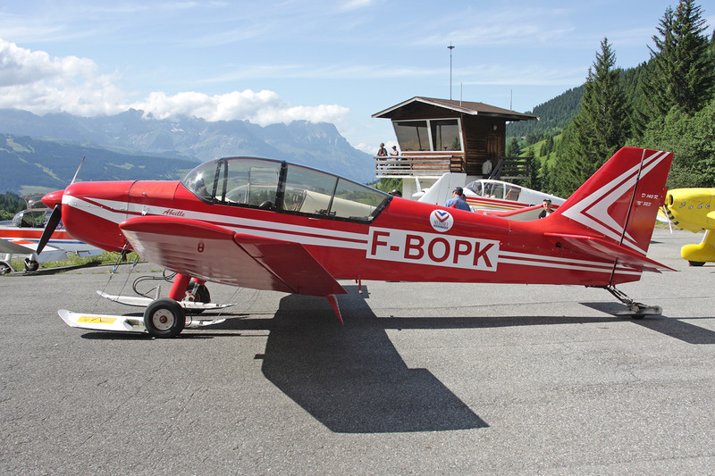 F-BOPK SAN Jodel D.140R Abeille c/n 523 Megeve/LFHM/MVV 04-07-08