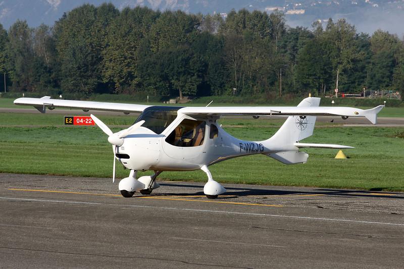 F-WZJG Flight Design CT SW c/n F-10-07-07 Grenoble-Le Versoud/LFLG 06-10-12