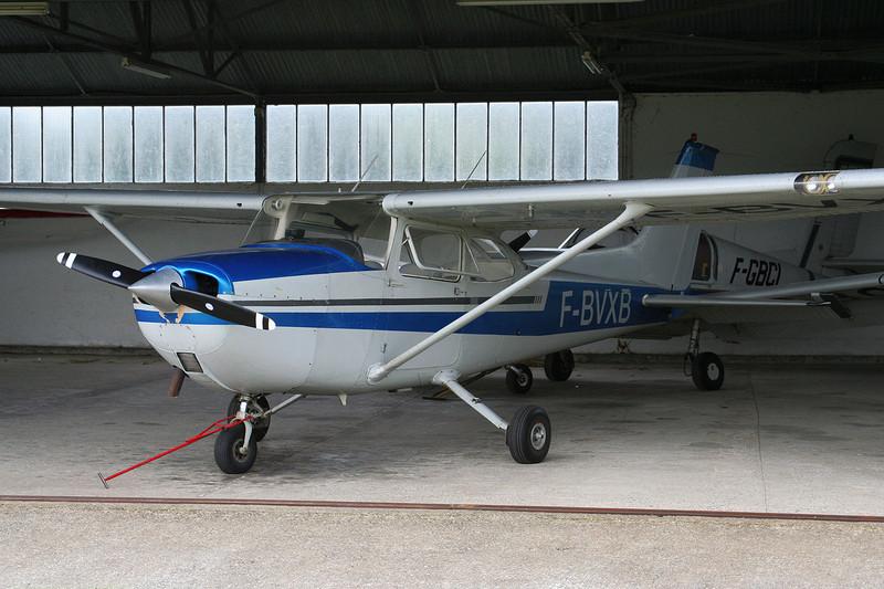 F-BVXB Reims-Cessna F.172M c/n 1204 St.Gaudens/LFIM 17-07-07