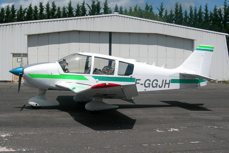 F-GGJH Robin DR.400-160 Major c/n 1795 Dijon-Darois/LFGI 14-06-12