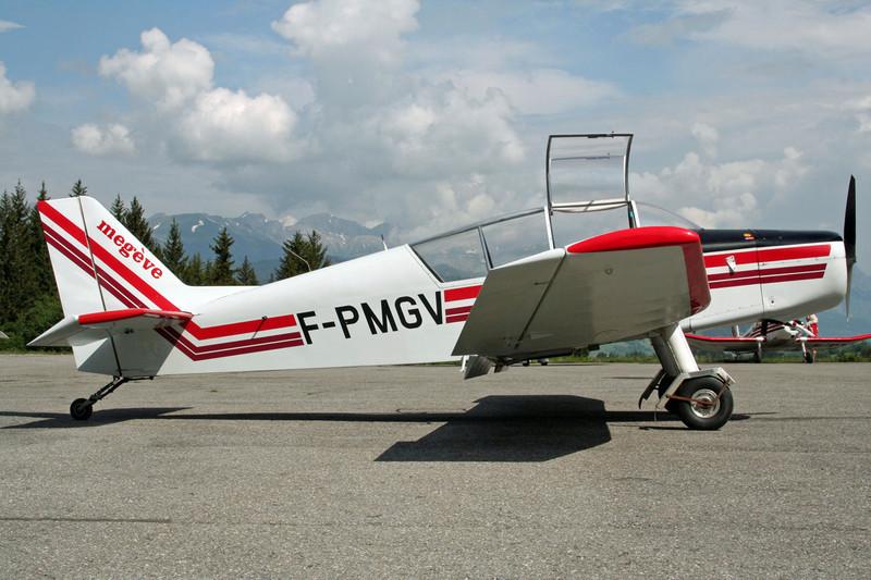 F-PMGV Jodel D.140E Mousquetaire c/n 463 Megeve/LFHM/MVV 13-06-07